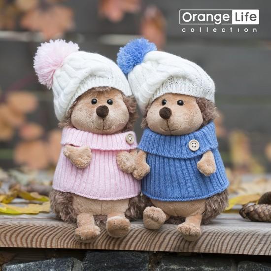 Jucarie ariciul de plus cu caciula alb roz si pulover Fluffy, 15cm, Orange Toys Jucarii Plus